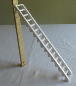 3/2 STORY GLAM BARBIE Doll vacation BEACH HOUSE 2009 fold n go-WHITE LADDER ONLY