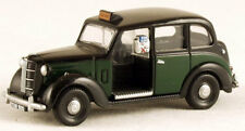 Classix EM76845 Austin FX3 London Taxi Black/Bottle Green 1/76 New   - T48 Post