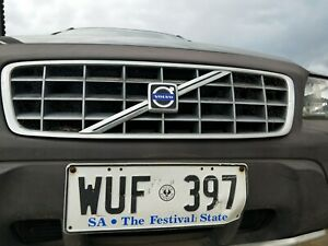 VOLVO V70 CROSSCOUNTRY GRILL GRILLE