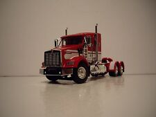 DCP 1/64 RED AND WHITE KENWORTH T800 WITH 38'' SLEEPER