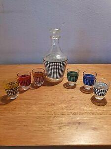 Mid Century Retro Vintage 50's/60's Decanter and six shot glasses