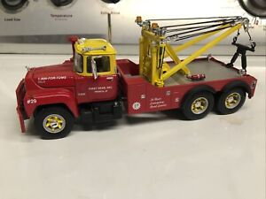 1997 First Gear Mack Red & Yellow Tow Truck 1:34