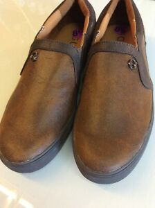 Mens Guess shoes. New. size 7.5 UK (8.5US)