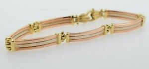 18K Yellow Gold Hinged Bracelet with Sea Shell Clasp