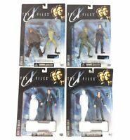 The X Files Action Figure Lot Series 1 McFarland Toys New Agent Mulder & Scully