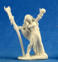 1 x SARAH the SEERESS - BONES REAPER figurine miniature jdr d&d sorceress 77210