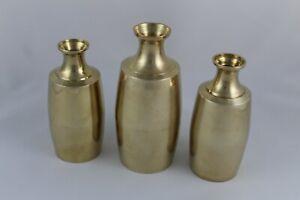 VINTAGE 3 Floreros de metal dorado, Laton, estilo oriental. India.  Años 70.