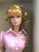 "Beautiful ""The Waitress"" Silkstone Barbie ~ Nrfb!!"