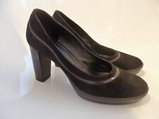 Tod's shoes size 41  ***AUTHENTIC**