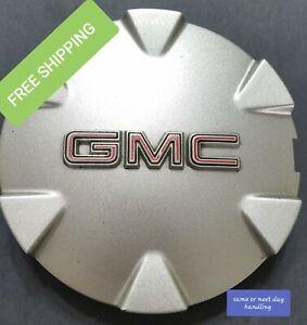 #D 2010 2011 2012 GMC Terrain Silver OEM Center Cap P/N 9597570