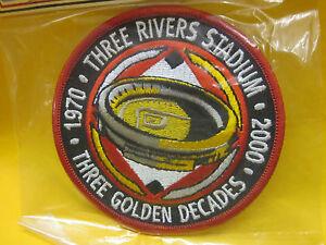 PITTSBURGH THREE RIVERS STADIUM THREE DECADES ( LOOK ) ( FREE SHIPPING ) ( NEW )