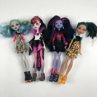 Monster High Lot of 4 Dolls Cleo de nile comic frankie stein ghoulia jane