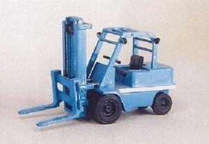 HO 1/87 Custom Finishing # 7054  5-ton Shop Fork Lift Truck Kit