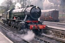 PHOTO  1996 WD 2-10-0 AUSTERITY CLASS NO 8672 IN WAR DEPARTMENT LIVERY AS  NOW N