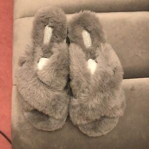 Michael Kors Lala Slippers Size 6