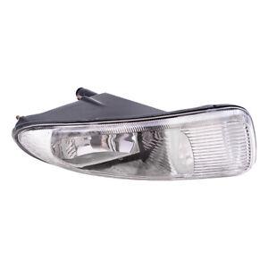 Chrysler Town & Country Voyager Passengers Fog Light Lamp Assembly