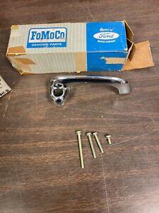 1960-63 FORD FALCON 1961-66 ECONOLINE VAN RH OUTSIDE DOOR HANDLE NOS FOMOCO 1020