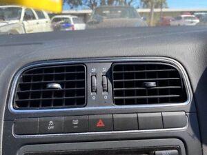 2010 Volkswagen Polo Aircon Vents Front CENTRE #Z204