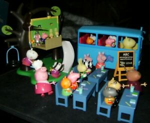 PEPPA PIG TOY BUNDLE WITH LOTS OF FIGURES