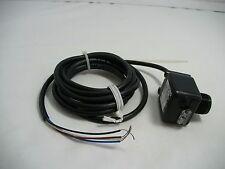 Cutler hammer  Photoelectric Sensor E65-SMSD200-HL 200mm Diffuse/LT
