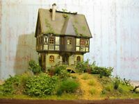 Lost Places: verfallenes Haus Ruine Diorama Landschaft  H0 HO 1:87 #149