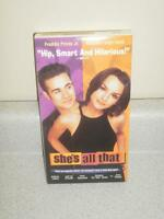 VHS MOVIE- SHE'S ALL THAT- FREDDIE PRINZE JR., RACHAEL LEIGH COOK- USED- L42