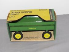 Vintage 1/16 John Deere Flarebox Wagon New in Box NIB Ertl Green Yellow RARE