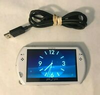 Sony PSP go Launch Edition 16GB Pearl White System Bundle Excellent Condition