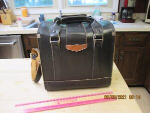 Attractive Vintage Black camera bag leather/ w key