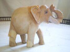 MAGNIFIQUE STATUETTE D ' ELEPHANT EN PIERRE