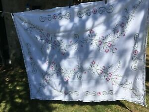 Stunning Antique French Metis Linen Handmade Cross Stitch Lace Tablecloth c1920s