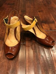 Bettye Muller Brown Patent Strappy Slingback Buckle Heels, Size 9 (US) 39 (IT)