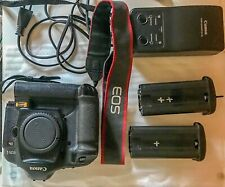 Canon EOS 1Ds Mark II professional camera for sale in excellent condition