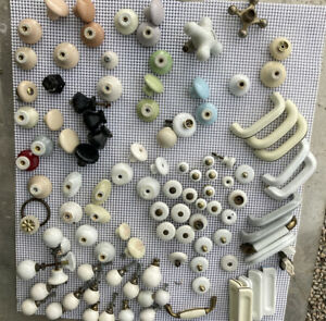 Lot Of Vintage Porcelain And Creamic Fancy Knobs Most Made In Japan.