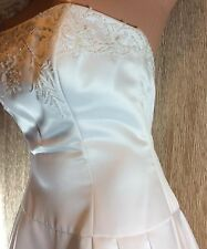 Jim Hjelm Wedding Dress~Style 4202~Strapless~Sweetheart~Beaded Bodice Floral~10