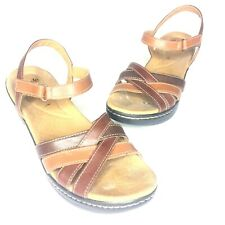 Clarks Womens - Size 10M - Brown Leather Sandals Strappy Comfortable Shoes