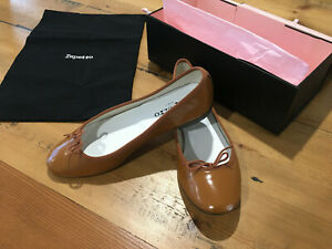 REPETTO Ballet Flats Size 39 Tan Brand New womens V086GL