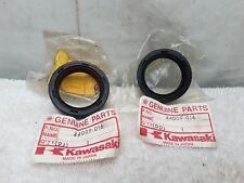 New NOS OEM Kawasaki Fork Oil Set Set (X2) KE250 KL250 F11M 44009-016
