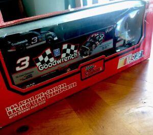 Dale Earnhardt 1:64 Die Cast Cab Racing Team Transporter