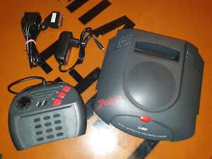 ## Atari Jaguar Konsole - anschlussfertig & voll funktionstüchtig ##