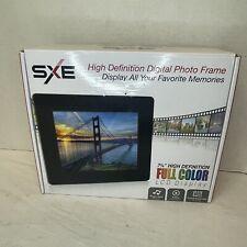 SXE HD LCD 7 3/4