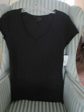 "NWT FRESH PRODUCE ""ME"" INSPIRED V-NECK TEE IN BLACK (M)"