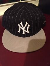 New Era 59FIFTY NY New York Yankees Fitted Cap Hat  7 3/4 BLACK / Gray