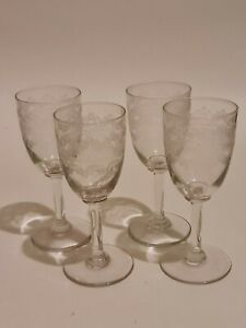 4 x Vintage Sherry Glasses with Beautiful Etched Design