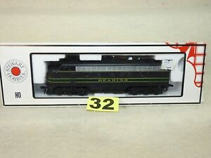 STEWART HO SCALE #8430 READING F3A PHASE IV  DIESEL LOCOMOTIVE NEW