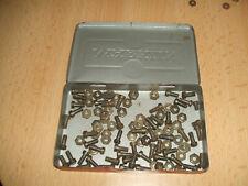 Märklin Metallbaukasten Dose mit alten Vorkriegsschrauben Schrauben