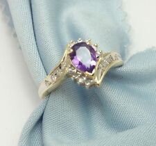 Exquisite 10K Karat Solid Yellow Gold Ladies Ring with Amethyst & Diamond