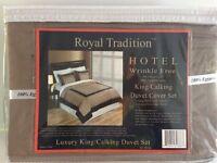 Royal Tradition Hotel Wrinkle Free King / Cal King Duvet Cover Set - 300 TC