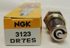 NGK DR7ES 3123 Spark Plug NEW