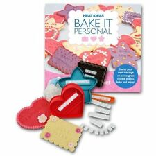 BAKE IT PERSONAL Cookie Cutter Set 3 forme CUORE STELLA frasi Lettere Personalizzate